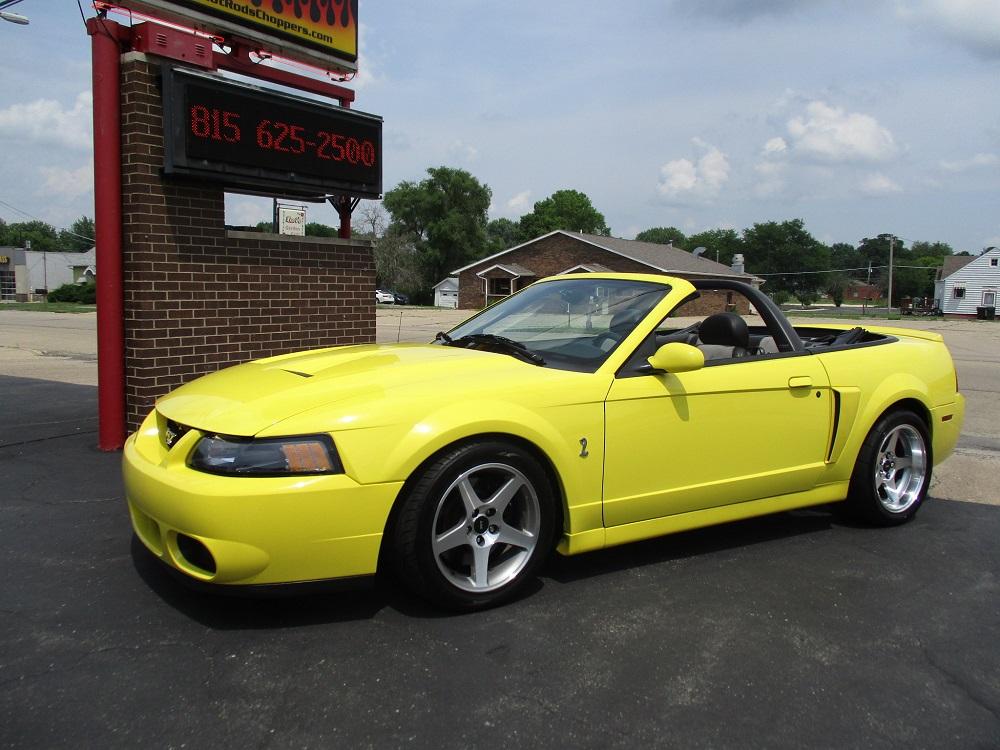 03 Mustang SVT 016.JPG
