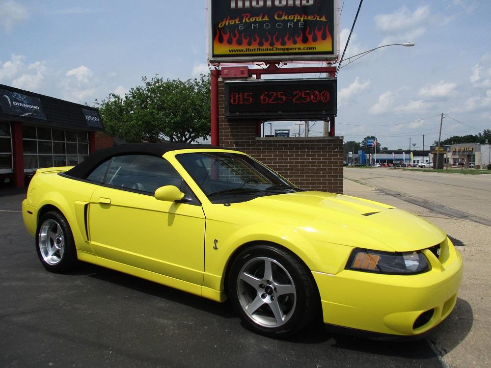03 Mustang SVT 030.JPG