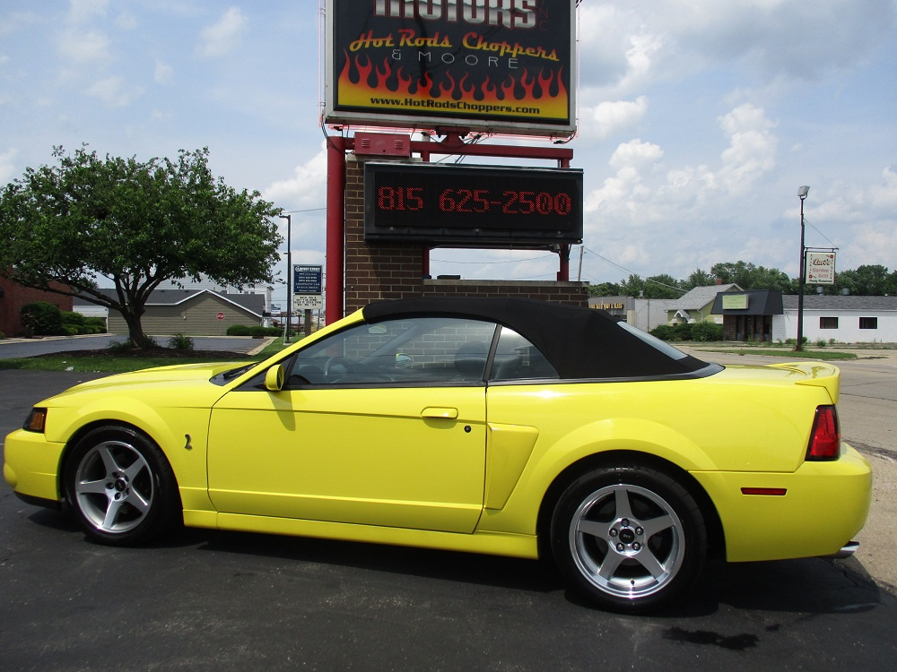 03 Mustang SVT 040.JPG
