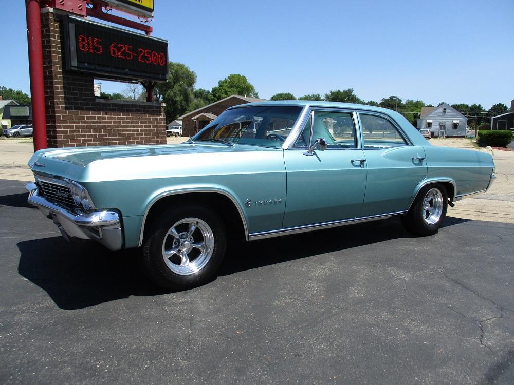 65 Chevy Impala 016.JPG