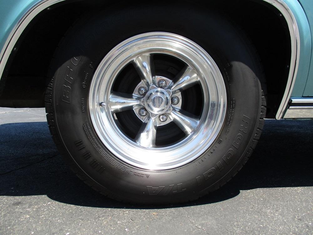 65 Chevy Impala 046.JPG