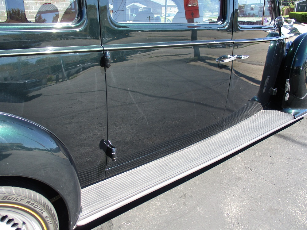40 Packard Hearse 031.JPG