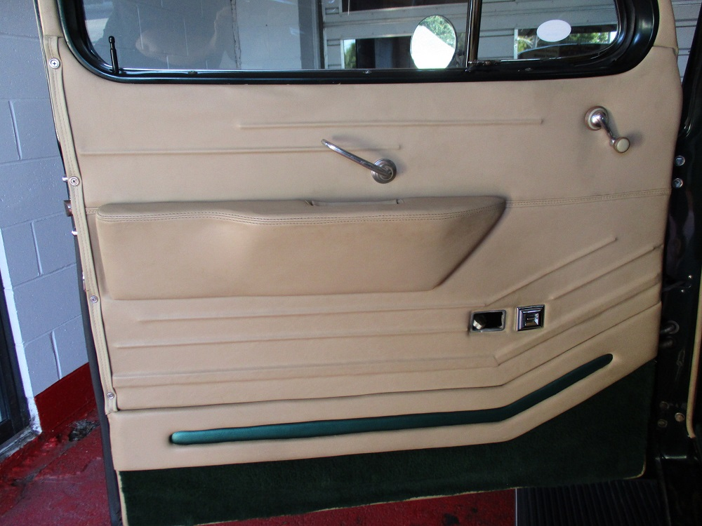 40 Packard Hearse 037.JPG