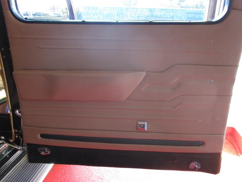 40 Packard Hearse 039.JPG