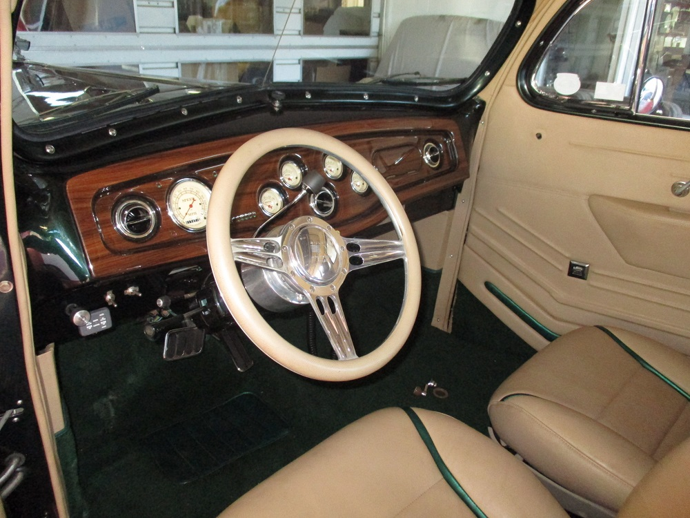 40 Packard Hearse 041.JPG