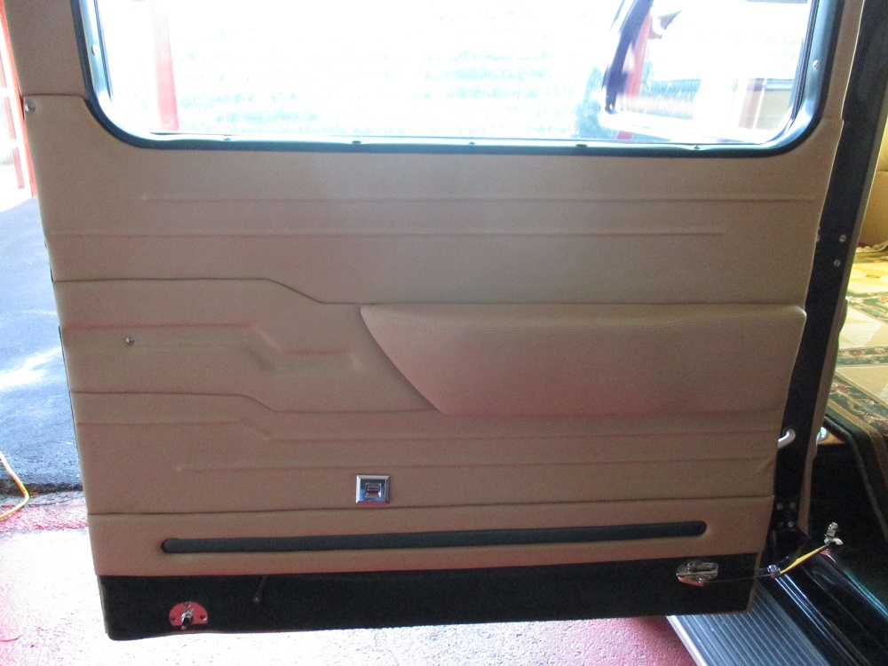 40 Packard Hearse 050.JPG