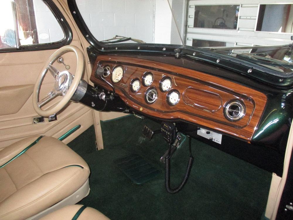 40 Packard Hearse 053.JPG