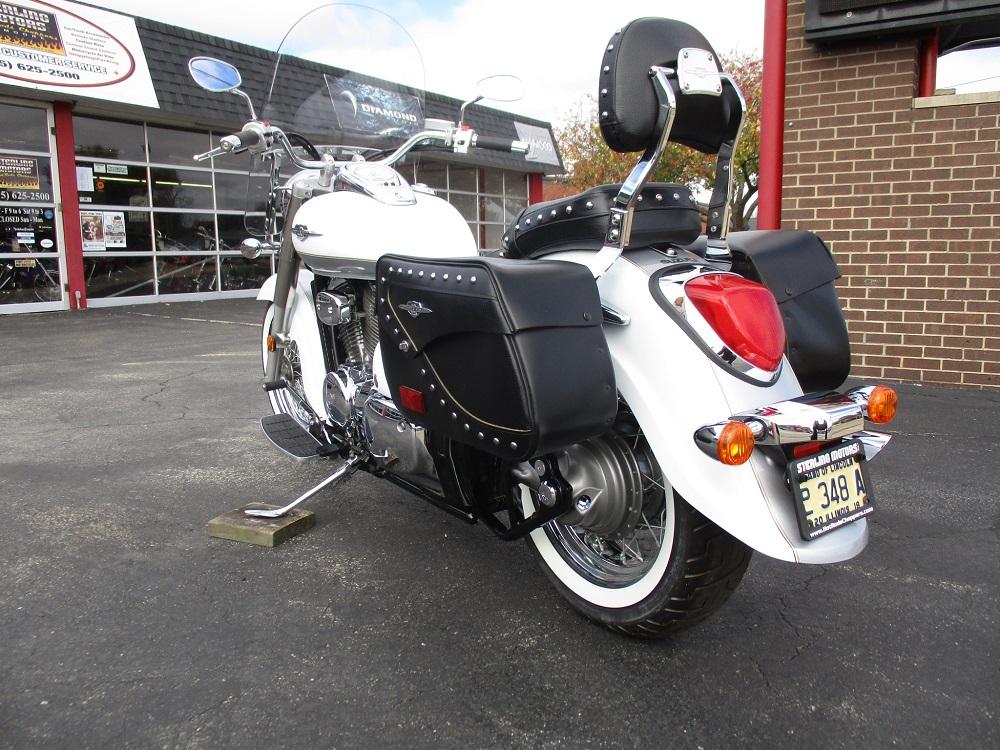 13 Suzuki VL800T 009.JPG