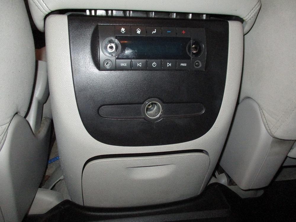 07 Chevy Suburban 039.JPG
