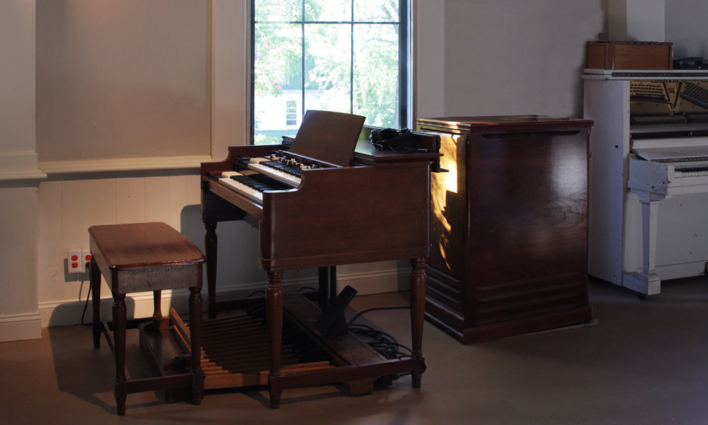 Hammond B2 (with B3 mod) and Leslie