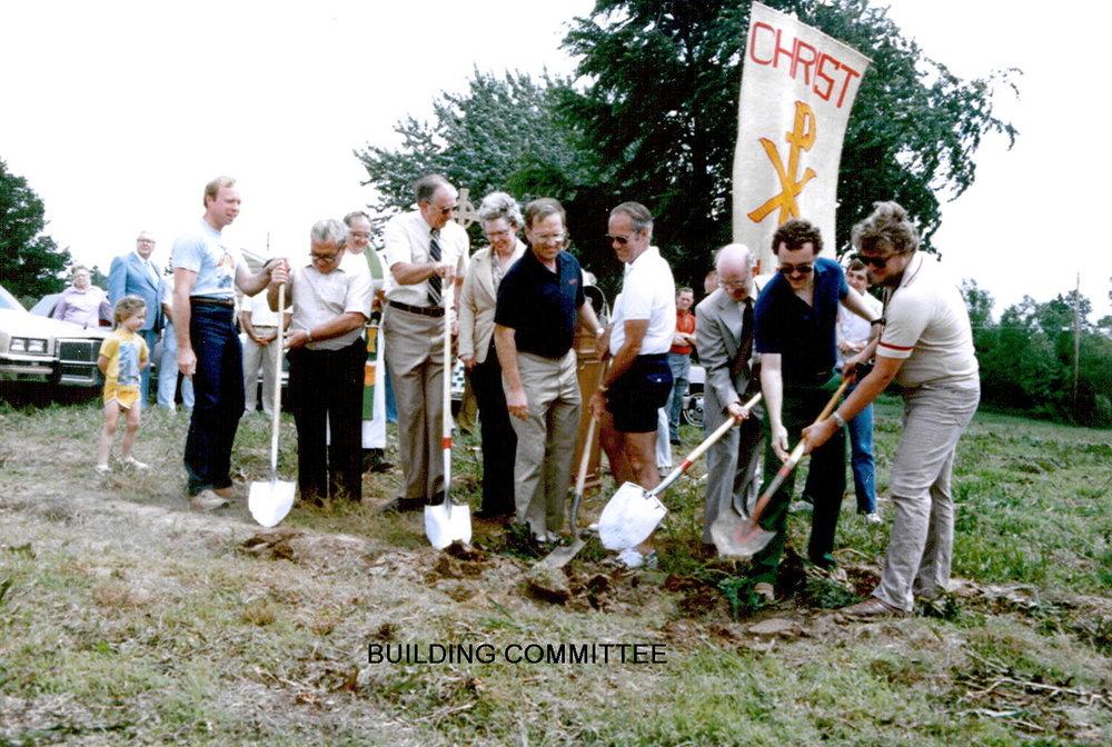 1982 GROUNDBREAKING NEW CHURCH  027_1391464993029.jpg