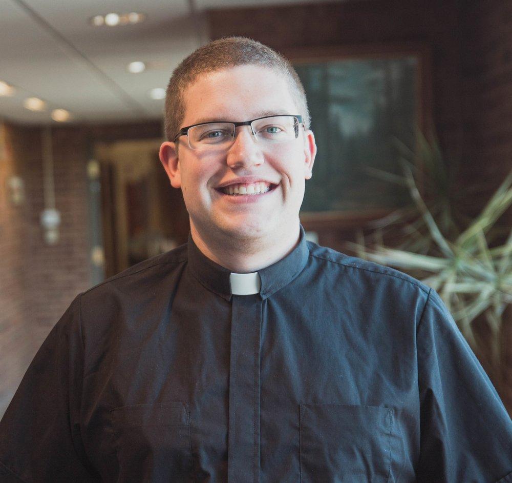Pastor Adam Headshot.jpg