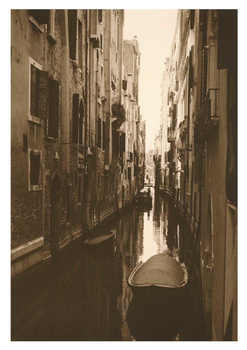 08 Canals -- Venice.jpg