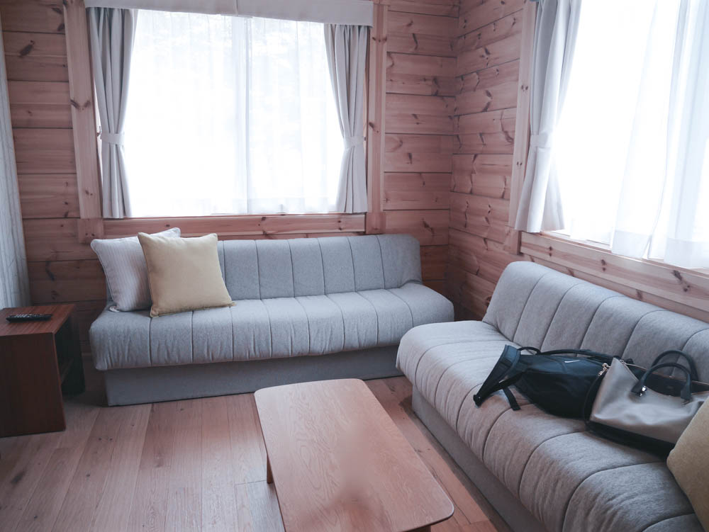 villa_livingroom