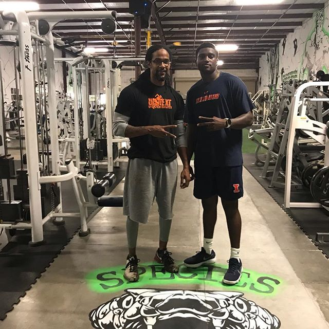 Got a chance over the break to get with my God son @mjrivers8 @marcellusrivers @illinifootball #big10football🔥🔥🔥🔥🔥great things are in the plans. Great player/Better Man #football #family #mission #qb #training #fitnessmotivation
