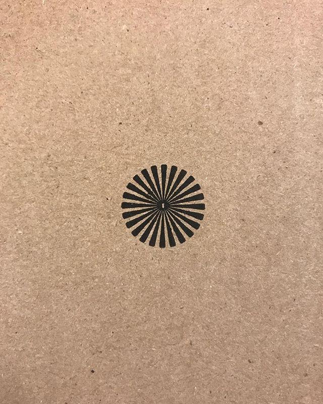 Cardboard box symbols #2