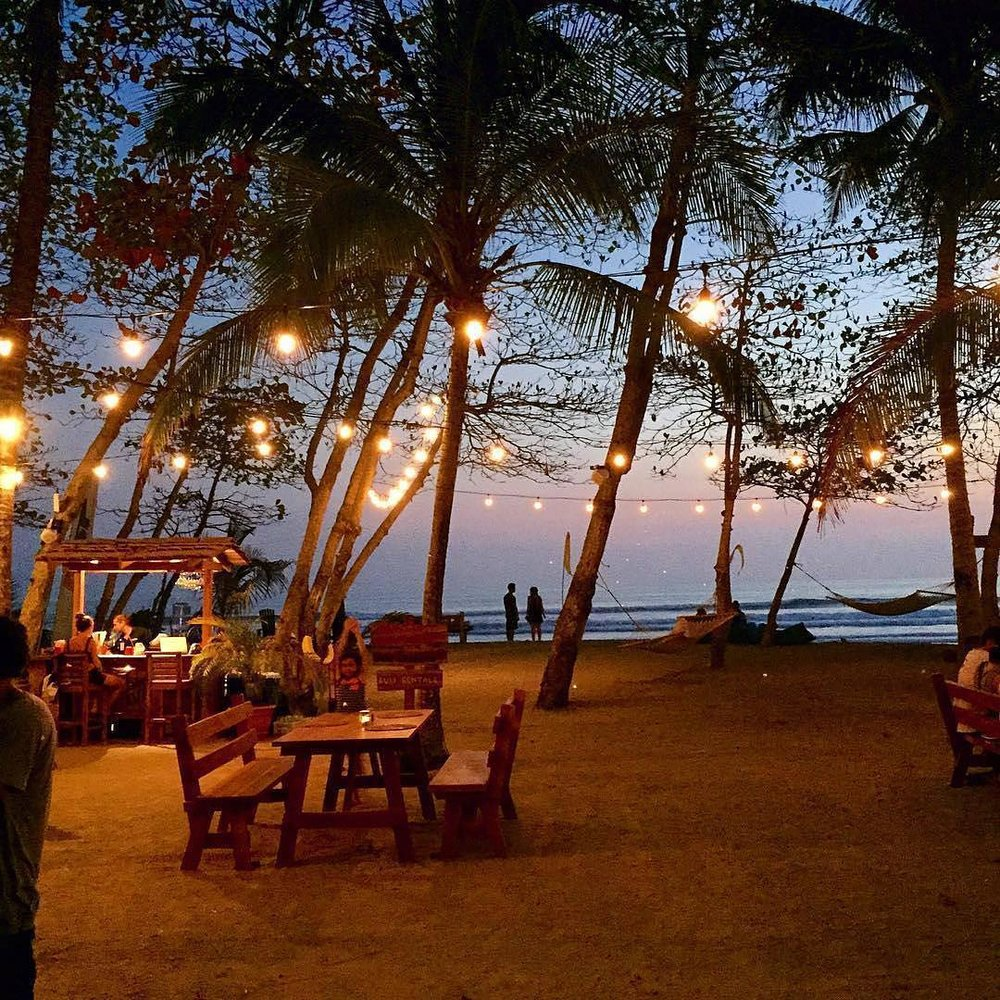 dining-on-the-beach-photo-by-lucianoriotti.jpg