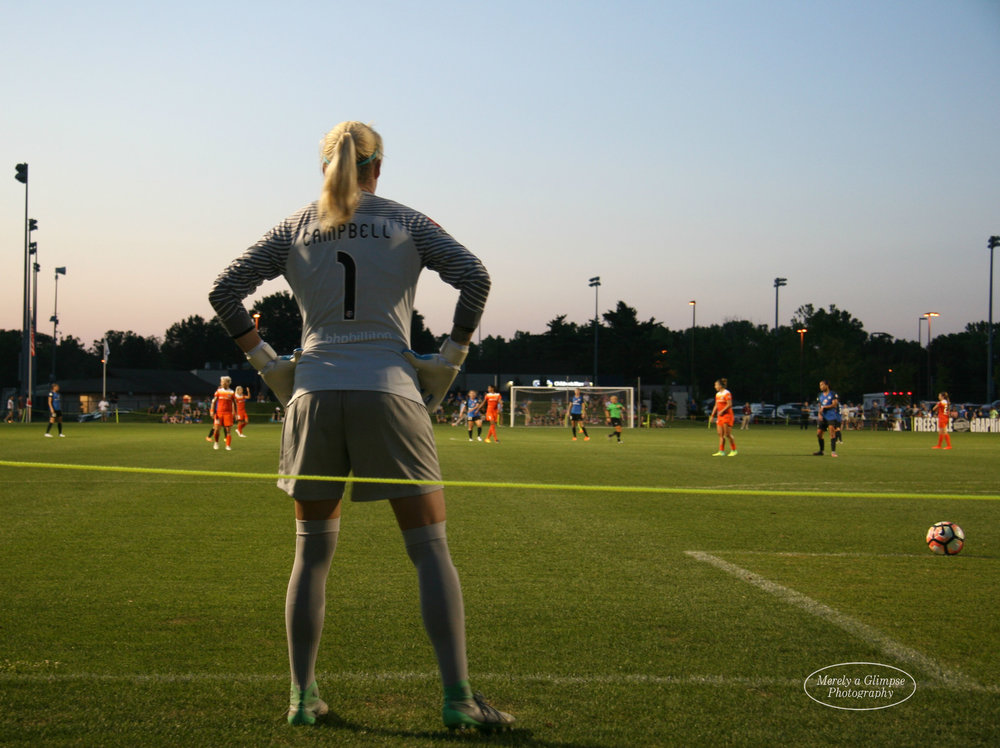 Jane Campbell has replaced Lydia Williams as the starting goalkeeper for the Houston Dash.