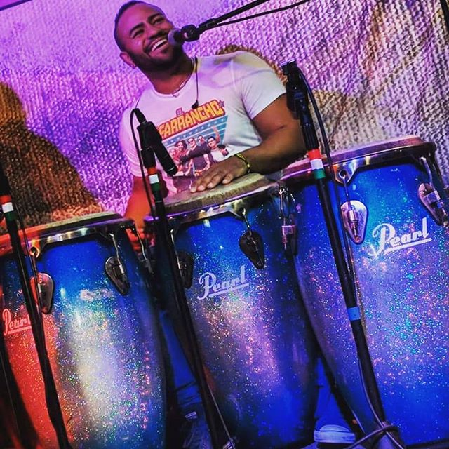 Happy Sunday everyone! 😁  I think this picture says it all lol... This is exactly what you see when I'm on stage 💯percent of the time. Thank you @pearl_drums for taking care of me guys really appreciate you all!  As I sit here thinking about where my life is now... It's a true blessing 🙏🏽 to do what you love no matter the sacrifices and hard times I've had personally. Everything that I've gone thru had molded me to never give up and always have it in my head and my heart that I'monly 1 step closer to reaching my dream.  For anyone that's been put thru struggles or simply feel like you've just about given up... No matter what you do. KEEP AT IT!! Don't ever give up your dream and never take NO for an answer. The negative people, the cats who smile at you but really hate you or are envious of your success. Move those people far away from you. Let their hate fuel you 🔥! Use it and make it your number one goal a reality and achieve greatness! STAND FIRM AND STAY HUMBLE. STRIVE to be a better version of yourself and make each day a productive one. Cause negative people are gonna keep hating you... but when you reach your dreams those nay sayers will regret the day they even tried to dish you negativity.  Surround yourself with positive like minded people to influence you and your life! Oh, and if you feel you need NEW and better friends who don't LIFT you up... DO IT! I wish all of my friends and family much success this year and every day of your lives!  GO GET YOUR DREAMS OR BETTER YET TAKE IT!! • • • •  #positivevibes #turningdreamsintoreality #postivethinking #pearl_drums #pearlpercussion #percussionist #music #musician #artist #drums #congas #passion #drummer #letsplay #ilovedrums #happy #smile #stayhumble #gogetit #goalcrusher #blue #sparkel #strivingforgreatness #sanfrancisco #newyork #worldmusic