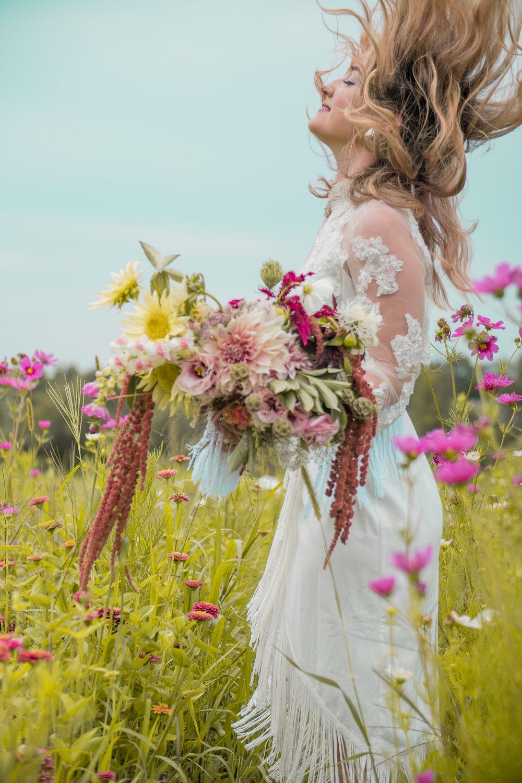 lazaro floral (20 of 47).jpg