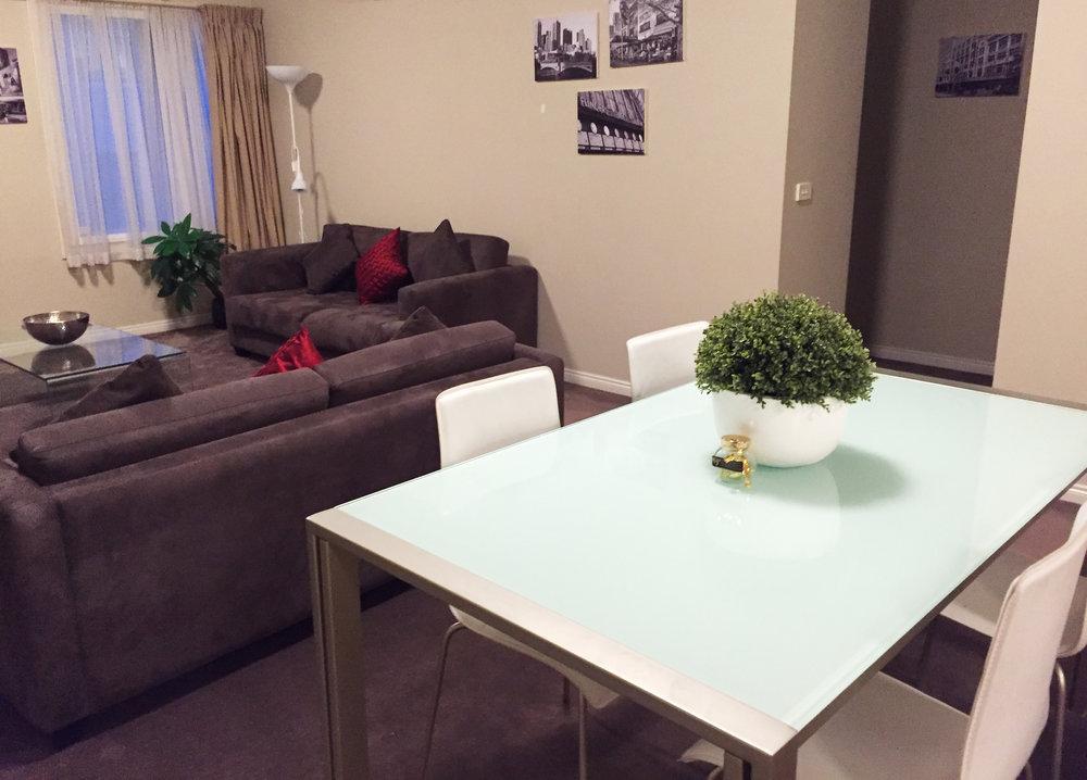 Deluxe Lounge 6.jpg