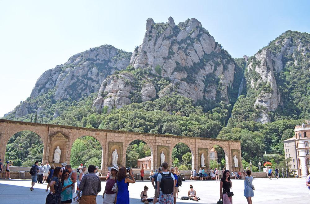 Carte Barcelone Montserrat.Spain Road Trip Guide Barcelona Montserrat Tarragona Peniscola