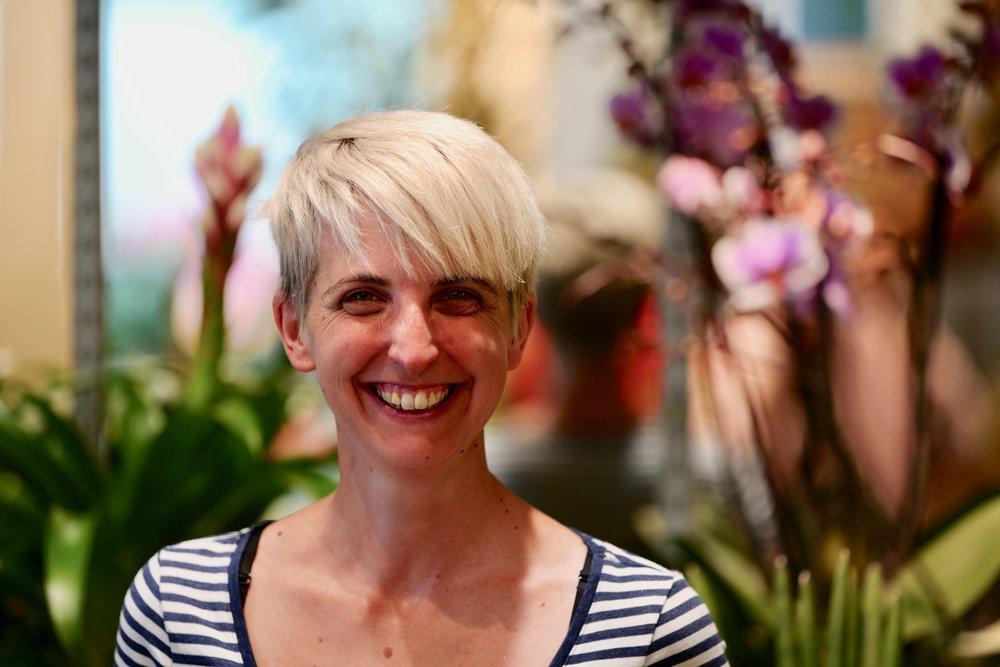 Katrin Bär, Shopleiterin