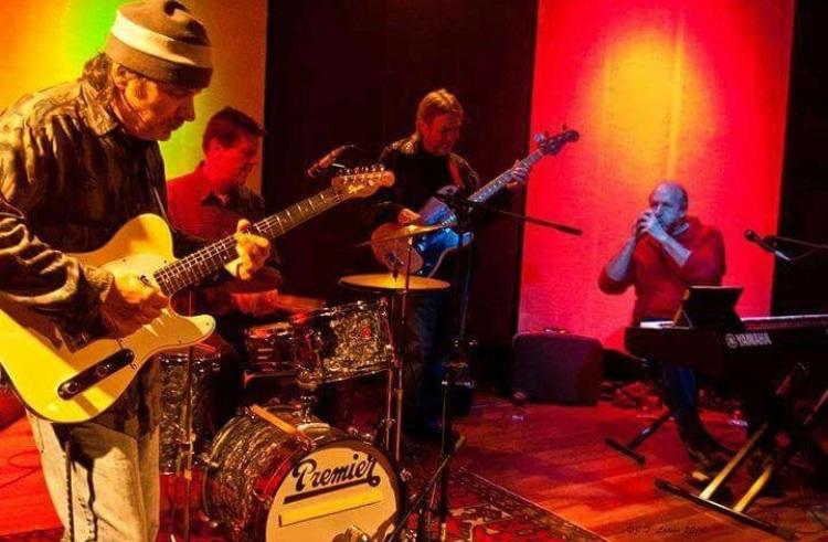 December 22 Rick Collura & The Blue Cats