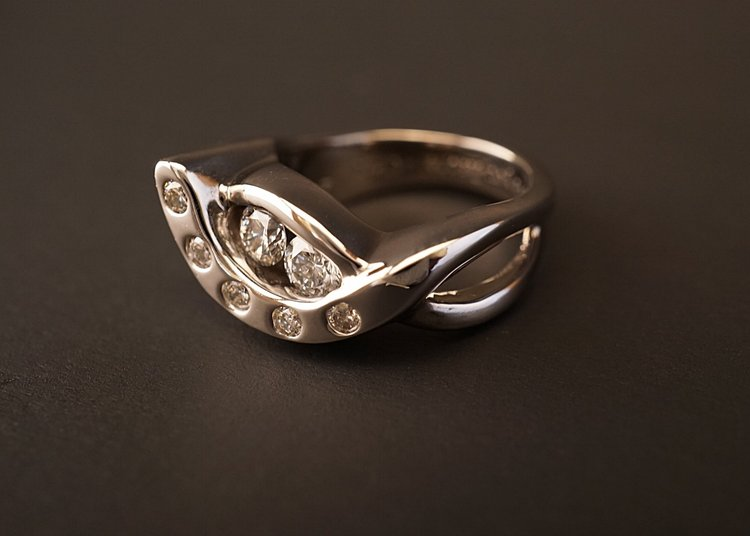Custom Engagement And Wedding Rings Shimmering Carbon Studio