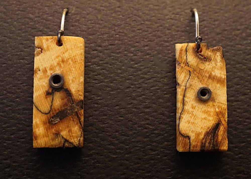 Northen maple earrings
