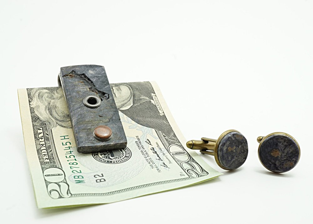 Buckeye burl money clip and cufflinks