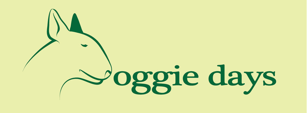 doggie days logo dark on light  green.jpg