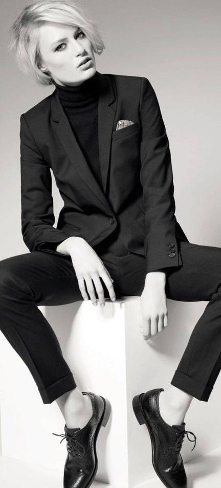 7369ebb261d2f84061354916b4f43b93--modern-suits-androgynous-fashion-women.jpg