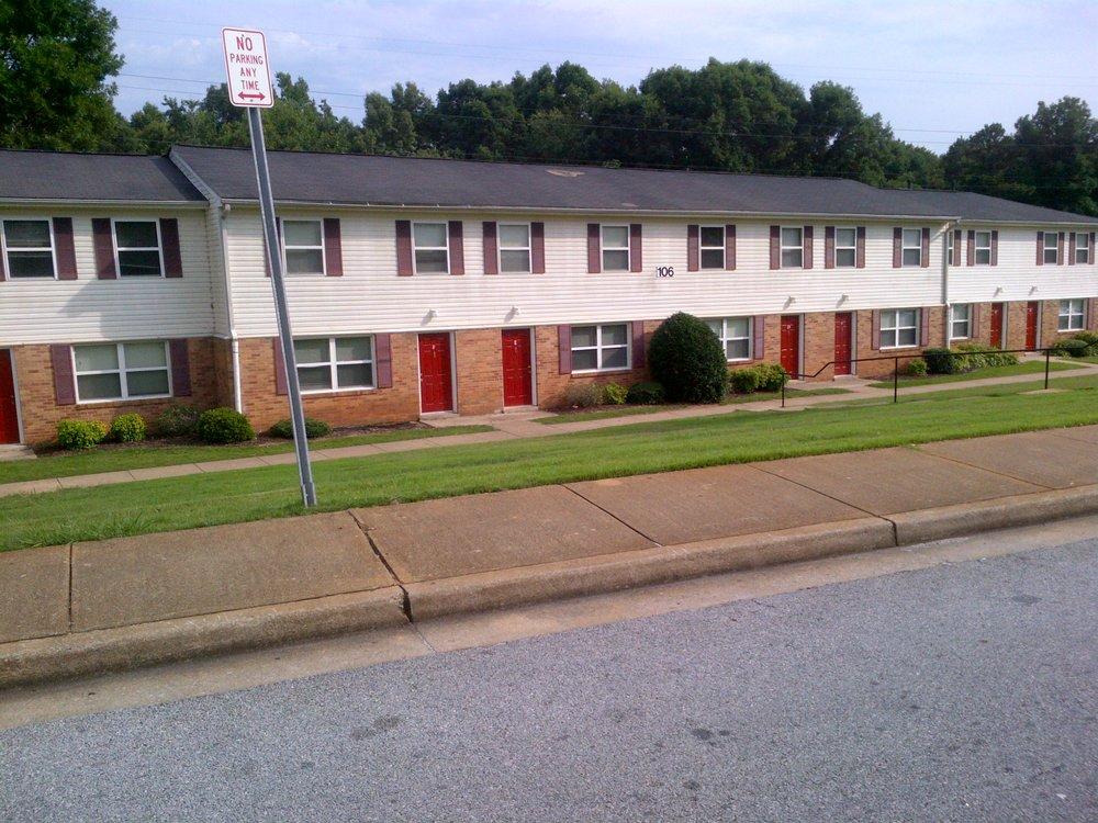 Crescent Hill- Exterior 3.jpg