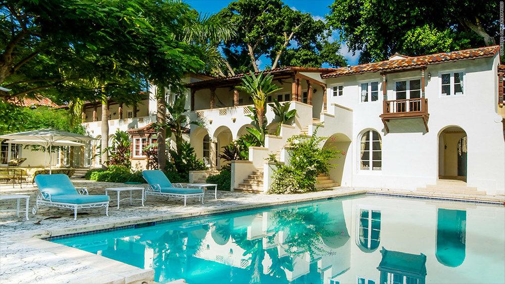 141017035833-miami-house-pool--1024x576.jpg