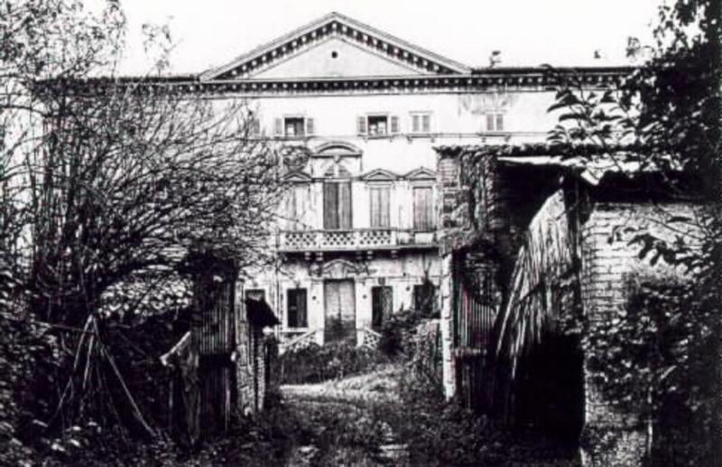 Villa Vecelli Cavriani prima dell'intervento di restauro della famiglia Martinelli