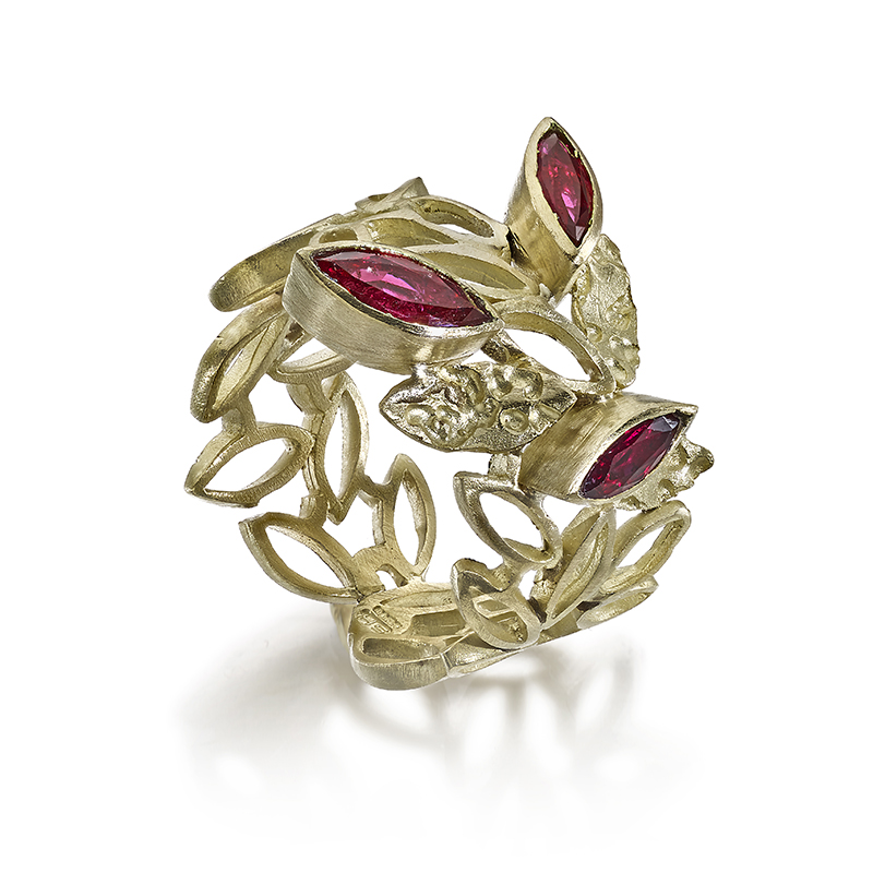 18ct ring with marquis rubies