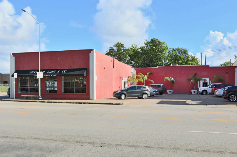 2420 WASHINGTON - For lease
