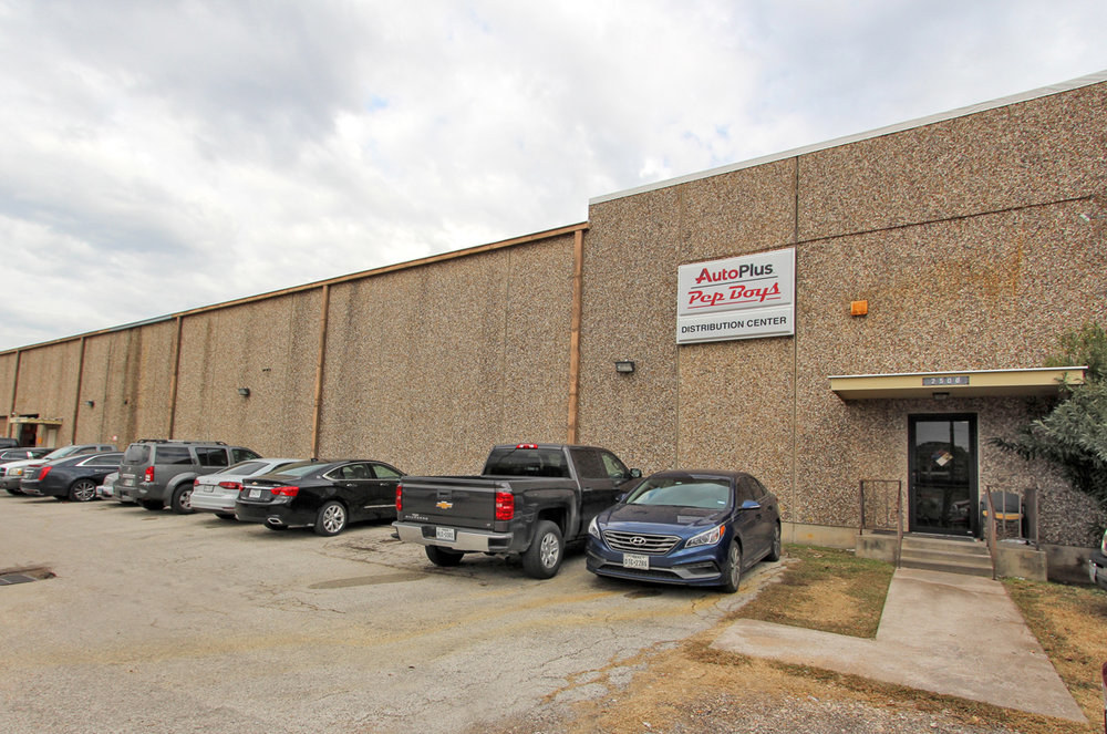 2502 CENTER - 100% LEASED