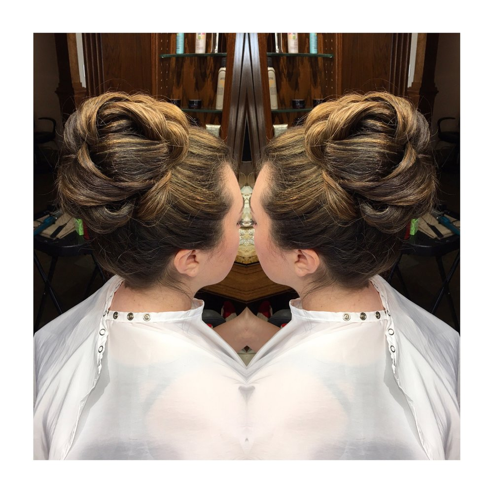 Denver-wedding-hairstylist-Colorado-updo-specialist