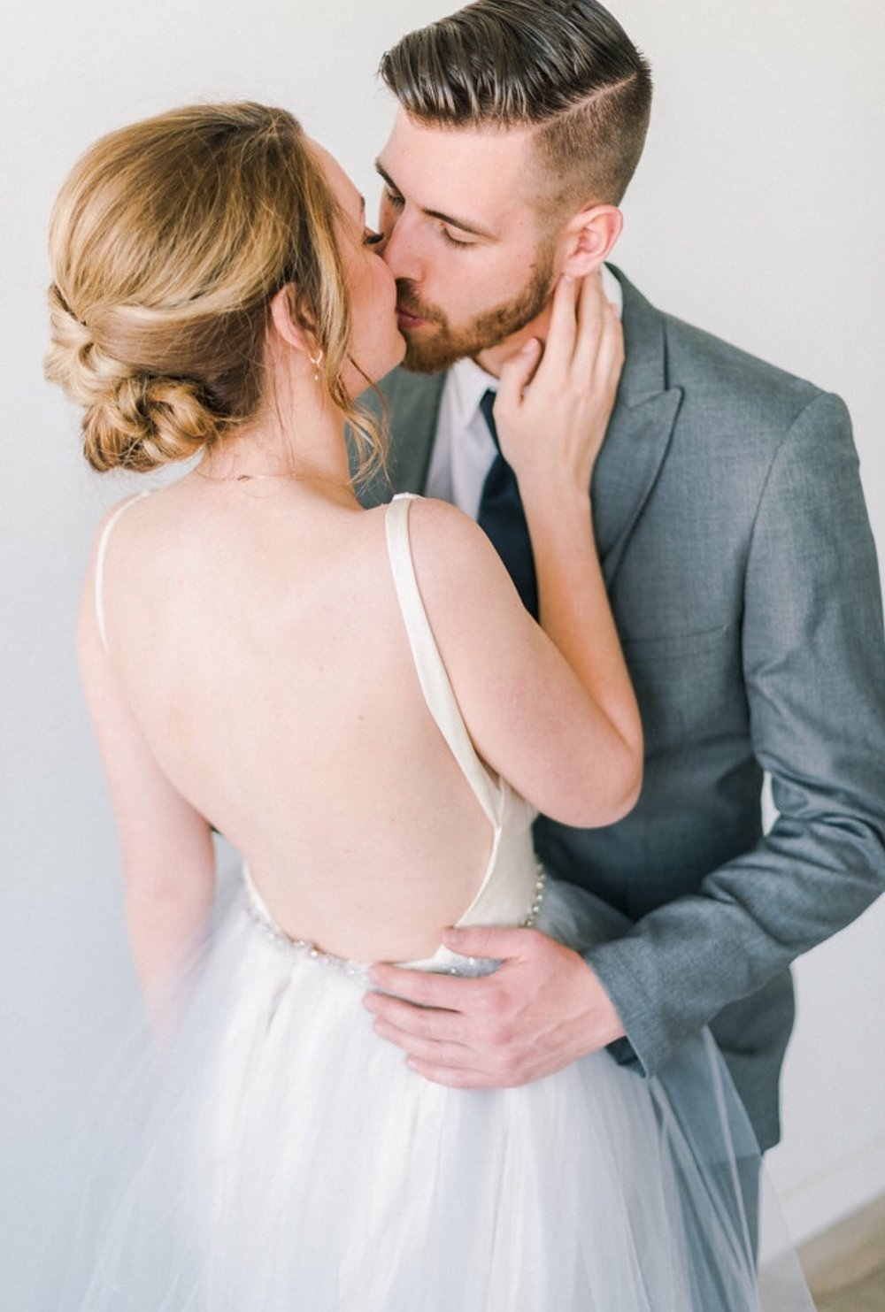 Denver-wedding-hairstylist-updo-artist