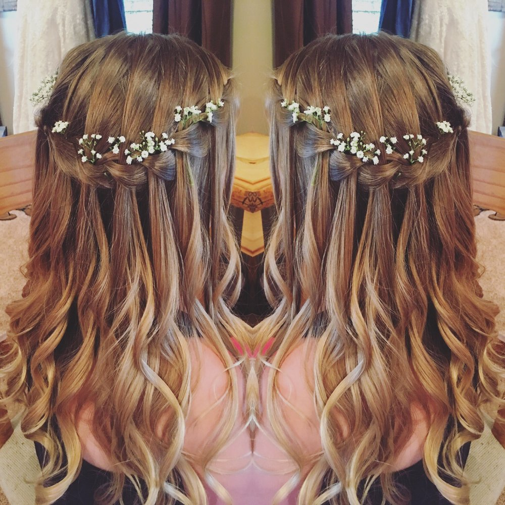Flower-girl-hair-Denver-wedding-hairstylist