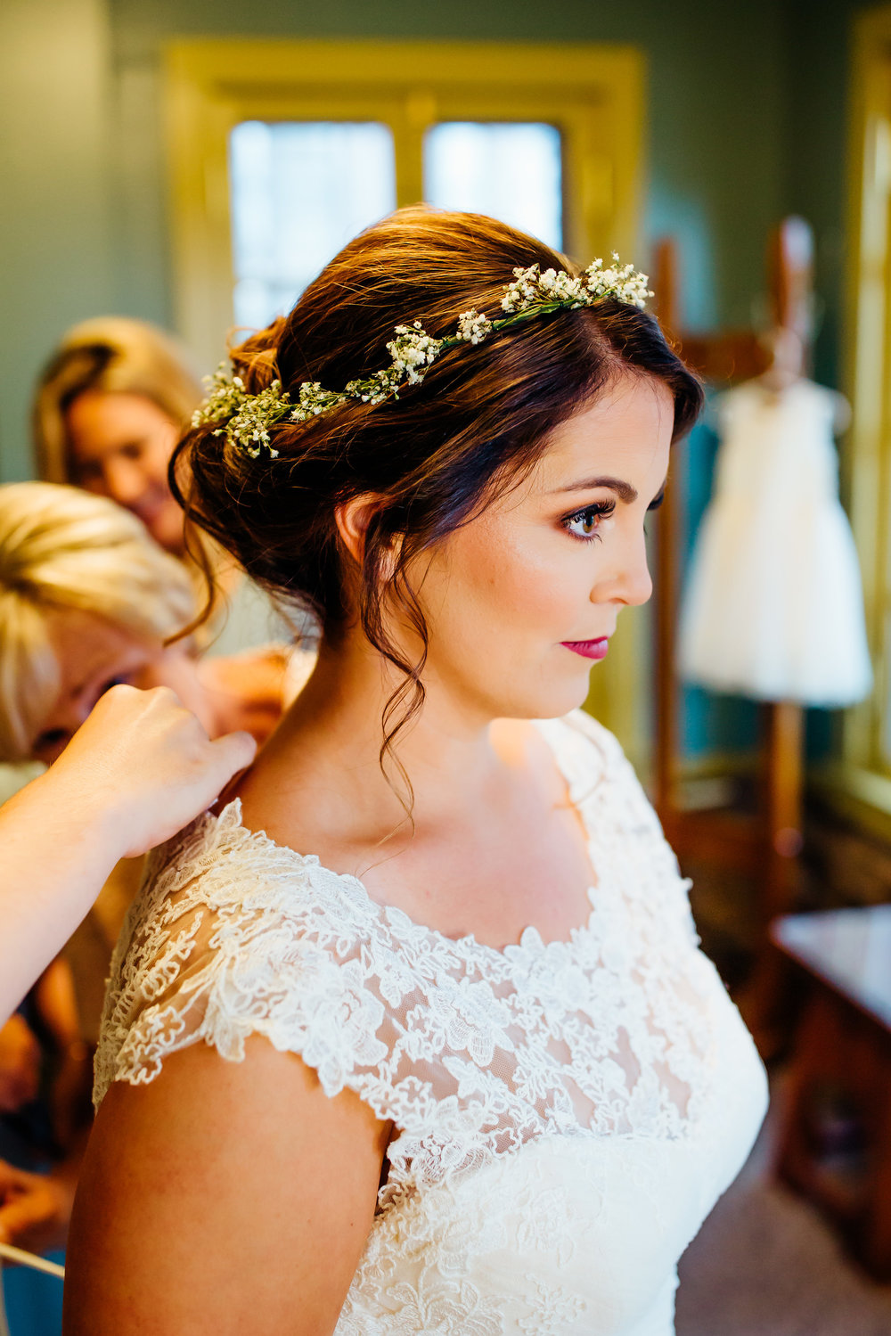 bride-beauty-wedding-hair