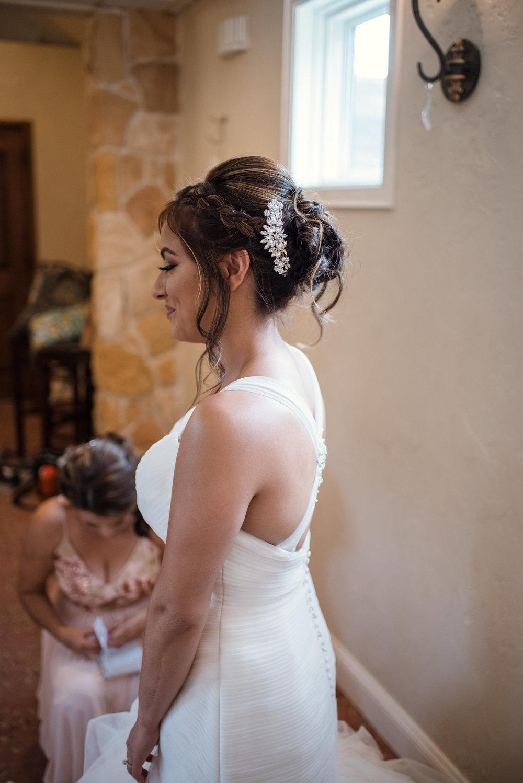 wedding-hairstylist-braiding-expert