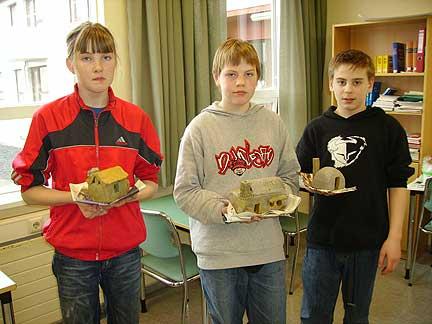 Students, grade 8 b.jpg
