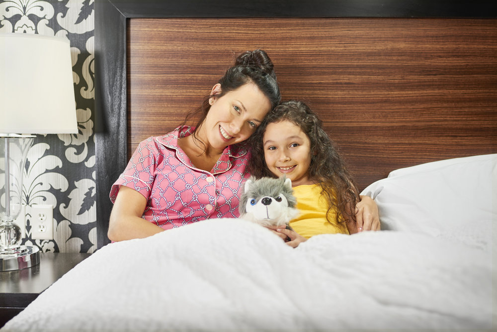 Lifestyle-2017-Mother-Daughter-In-Bed-DSC-5888-3500x2336.jpg