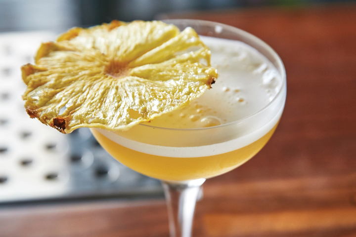 11-Absolutely-Mouth-Watering-Pineapple-Cocktails-algonquin-720x480-inline.jpg
