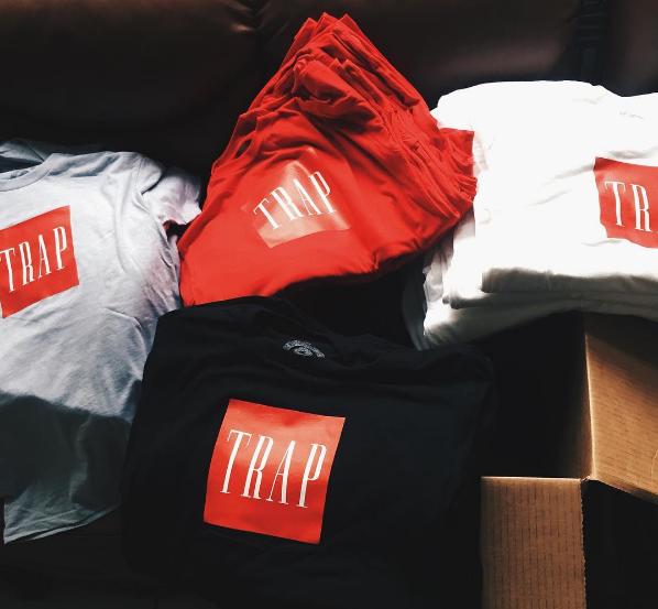 logo trap shirts
