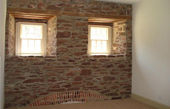 stone_wall_olde_mill_mcginn_construction.jpg