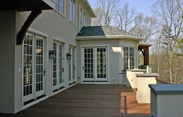 Deck_dining_solebury_mcginn_construction.jpg